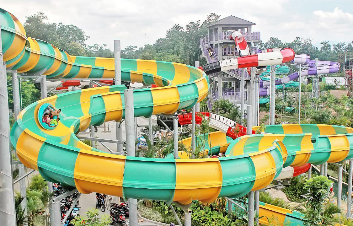 Jogja Bay Waterpark Wahana Permainan Air Terbesar Di Indonesia